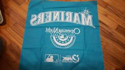 2011 Opening Night Seattle Mariners Rally Tapestry Cloth tow